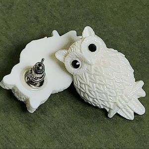 Melody Jewelry - Cute Owl Drop Post Earrings in White - Back Eyes
